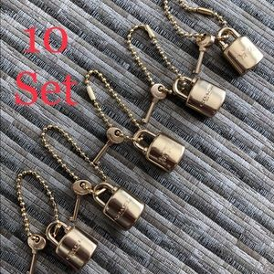 🔑🔑🔑 10 Set Key and lock Coach🔑🔑🔑
